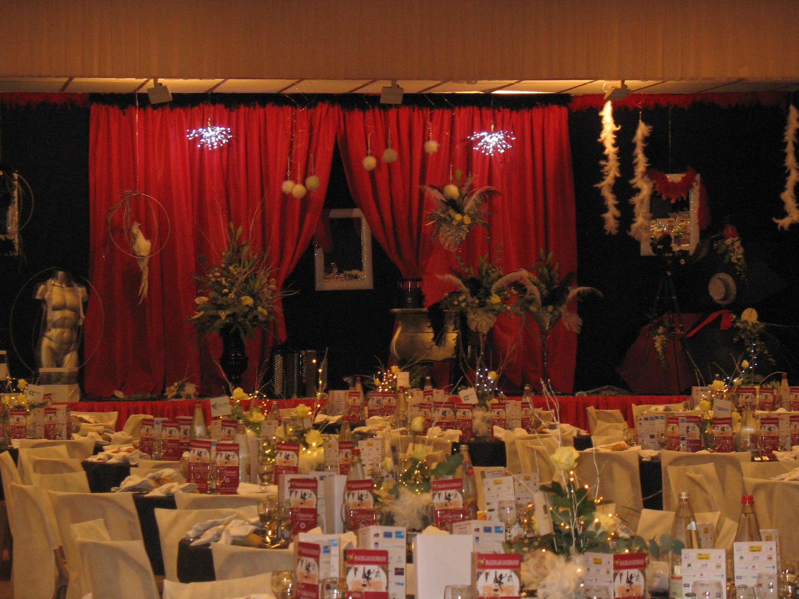 ambiance-deco-tables-soiree-beaujolais